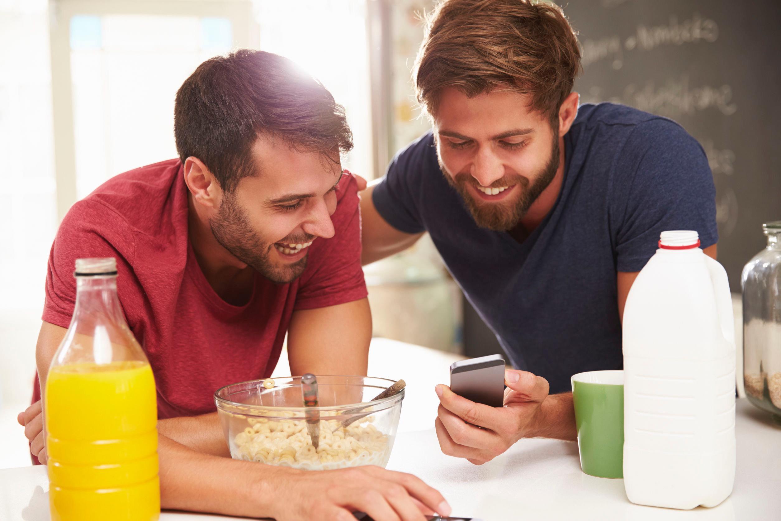 männer im cafe kennenlernen